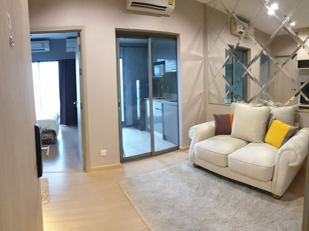For SaleCondoOnnut, Udomsuk : [Pretty good price] Condo for rent and sale, Whizdom Connect Sukhumvit 101, appliances and new decorations.